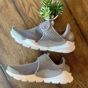 Nike Sock Dart SE# 862412-005